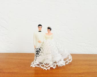 Vintage Wedding Cake Toppers / Bride and Groom