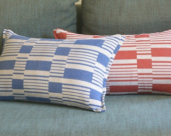 Blue Graphic Stripe Pillow Cover , Cotton Woven Stripe Cushion Cover in Blue and White , Yarn dyed Woven Stripe Pillow Cover in Blue & White