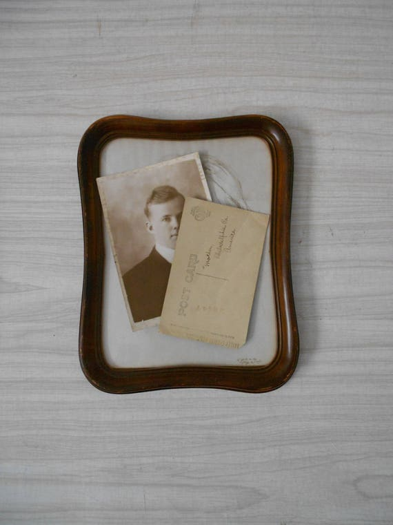 vintage faux wood brown picture frame / wall hanging / rustic farmhouse decor