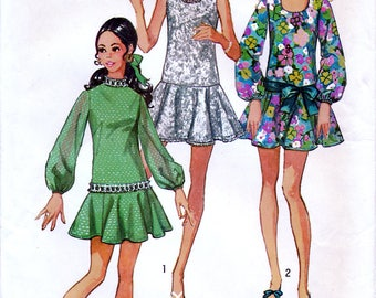 Simplicity 8806 Vintage 70s Sewing Pattern for Young Junior Teens' Mini Dress - Uncut - Size 9/10