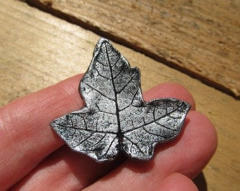 Pin Brooch Real Maple Leaf Impression Silver Color Fall Leaves Autumn Hat Scarf Small Pins