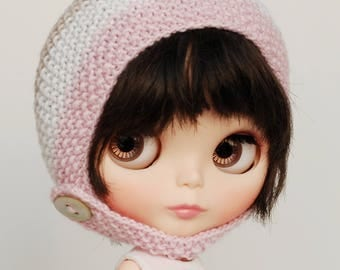 Icecream 3 - knitted Blythe hat with chin strap