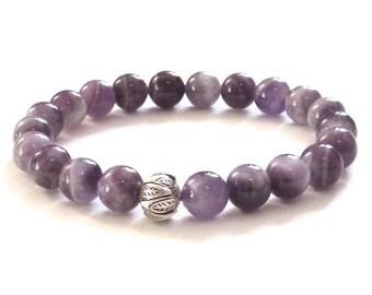 Amethyst Beaded Bracelet, Silver Lotus Mala Beads, Inspirational Jewelry Gift Idea for Spiritual Friend, Yoga Buddhist Meditation Bracelet