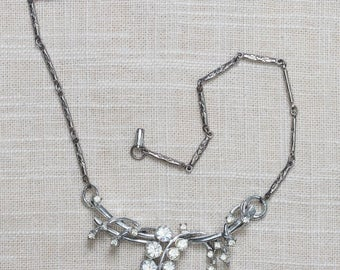 Flower Rhinestone Vintage Necklace Floral Bib Links Crystal & Silver Costume Jewelry 7AA 17