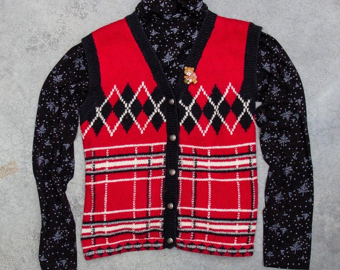 Ugly Christmas Sweater Vest + Turtleneck + Xmas Brooch Vintage 2 Piece Outfit 7CH