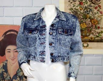 Vtg 80s Acid Wash Distressed Denim Boxy Cropped Jacket / DUSTED DENIMS Size Small