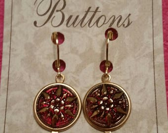 VINTAGE GLASS BUTTON Earrings etched in 14K gold Starburst Victorian Drop Eye Candy Xmas Red