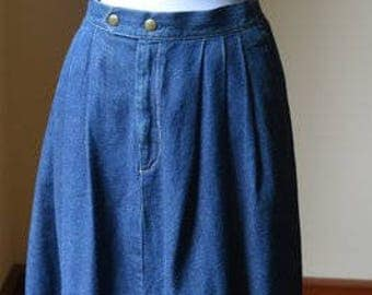 Vintage Denim Pleated Skirt Size 12 By Lady Manhattan