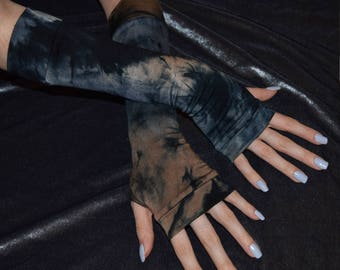 Bleach look tie dyed Arm warmers Thumb holes Fingerless gloves gothic goth gypsy dancing hippy hippie boho bohemian burlesque belly dance