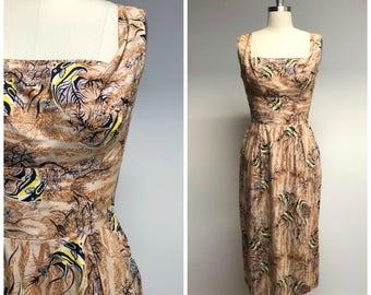 Vintage 1950s Dress • Angel Fish • Cotton Hawaiian 50s Dress Size Small