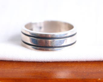 Mens Sterling Silver Ring Band Size 11 Vintage Unisex Jewelry Heavy Mexican Striped Lined Wedding Band