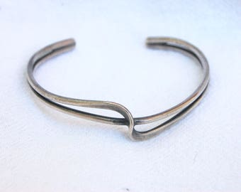 Mexican Cuff Bracelet Sterling Silver Modern Swirl Jewelry  Medium Large Vintage Mexico Size 6 .75