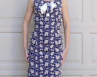 EMBROIDERED IRISH LINEN wiggle dress navy ivory 50s 60s S  (B2)