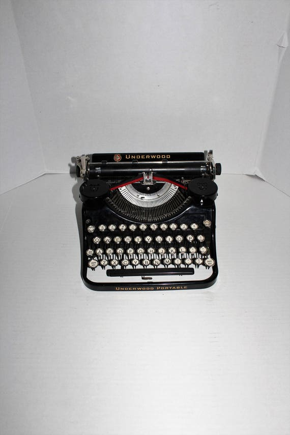 Black Underwood Portable Typewriter with Case Vintage 1930s EXCELLENT!