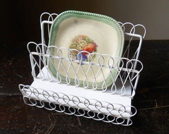 Decorative Display Rack, Metal Wire Letter Holder, White Wire Mail Sorter