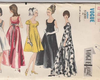 60s Lovely Day or Evening Dress Pattern Vogue 6924 Size 12