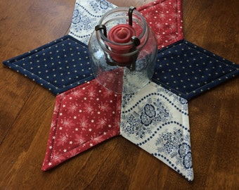 Colonial Red, White, and Blue Star Candle Mat: reversible, creamy white, Americana
