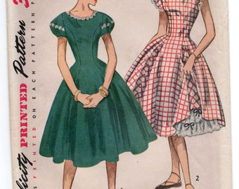 "1940's Simplicity Petticoat and One-PIece Rockabilly Dress Pattern with Puff sleeves or Ruffle Sleeves- Bust 30"" - UC/FF - No. 3862"