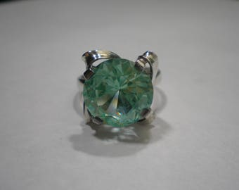 Vintage Sterling Silver Aquamarine Color Uranium Spinel Ring Size 6.5