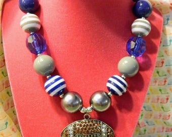 "14"" White, Navy, and Grey Football Bubblegum Beaded Necklace"
