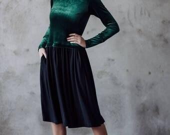 Emerald velvet dress, Green velvet dress, Christmas dress, Occasion dress, Midi long sleeve dress, Emerald dress, Dress with pockets