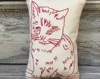 Redwork Cat Embroidery Pillow With Quilt Backing