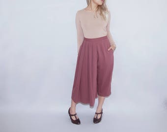Pink wool pleated skirt pants capri