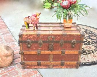 Antique Steamer Trunk Coffee Table Wood Slat Brass Rivets Trunk Storage  SteamPunk Trunk Table Retro Storage