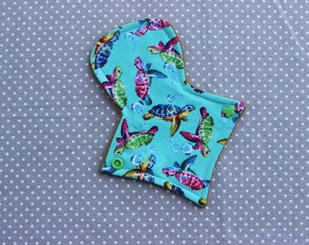 "7"" thong liner, cotton woven, cloth menstrual pad"