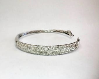 Diamond & Sterling Silver Hinged Bangle / 1.50 Carats