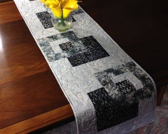 Handmade Gray and Black Quilted Tablerunner, Modern Batik Table Runner, Grey Black Wallhanging, Reversible Table Quilt, Contemporary Decor