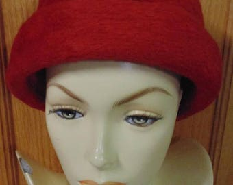 1960 Wool Felt Peck and Peck Hat, Made in Italy