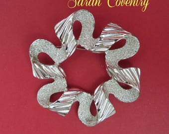 Sarah Coventry Brooch - Vintage 1970s Silver Tone Ribbonette Brooch, Gift idea, Gift Box, FREE SHIPPING