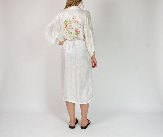 70s Marianne von der Osten embroidered kimono dressing gown