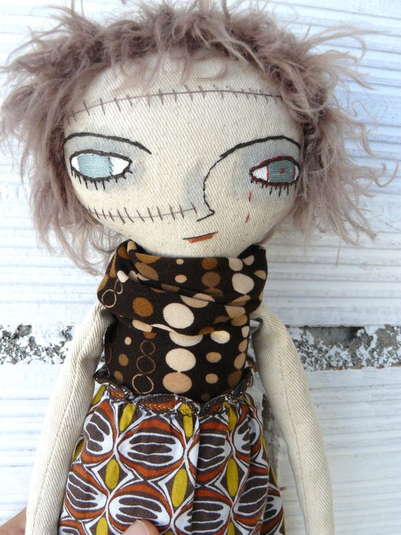 Zombie cloth doll in cotton and linen. 35 cm. Halloween doll. Died in 2012