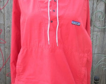 Vintage Patagonia Nylon Pullover Windbreaker Jacket with hood Size XL RED