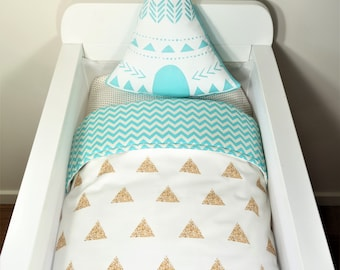 Bassinet quilt OR Bassinet and fitted sheet set - White with gold glitter triangles AND aqua chevron