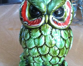 Vintage Brinn's Ceramic Owl Wall Pocket Planter Green Red Made in Japan