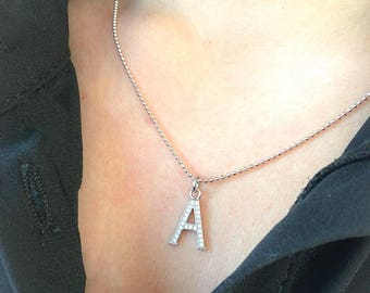Necklace entirely in 925 silver with initial pendant with cubic zirconia