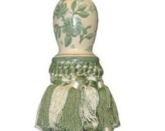 INSTOCK......Soft Green and Cream French Country Shabby Chic French Provencial Floral Toile Tassel.......NEW........Very Unique
