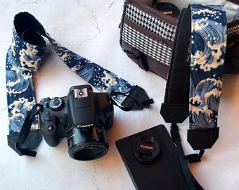 Hokusai waves camera strap | Padded reflex camera strap, SLR DSLR, japanese blue cotton with Hokusai waves | Unisex vegan camera strap