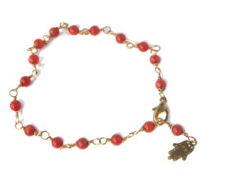 Bracelet, gilded, with coral and hamsahandje, free shipping