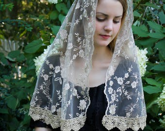 Evintage Veils~ Lovely Soft Gold Embroidered  Traditional Vintage Inspired Long D Shape Mantilla Chapel Veil