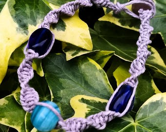 Spiral knot hemp bracelet - lilac and blues.