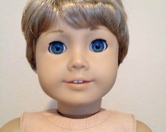 Monique Johnny Blond - Boy doll wig size 10-11