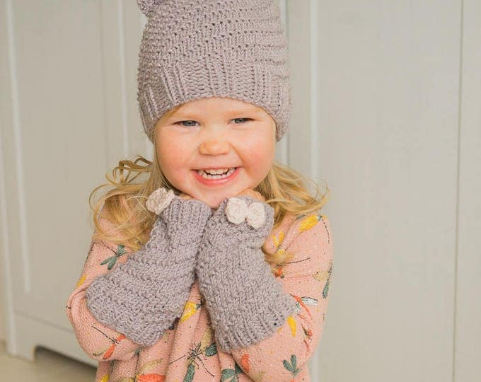 Knitted beanie and wrist warmers set Twist (12-18m size)