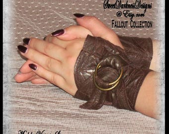 Steampunk GLOVES APOCALYPTIC Fingerless LEATHER Gloves Brown Steampunk Wrist Cuff Set Apocalyyptic Accessories  by SweetDarknessDesigns