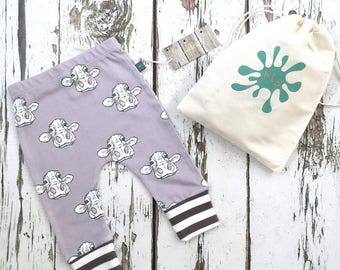 READY to SHIP Cow baby leggings, baby clothes, cow baby leggings, organic baby clothes, toddler pants,  baby pants, baby gift, cows, farm