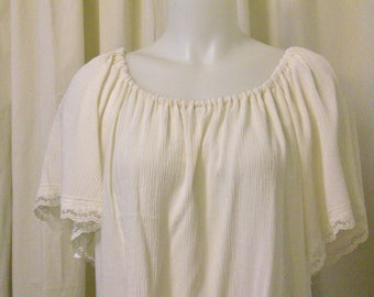 Ivory Rayon Gauze Short Sleeve, Lace Trim Accent, Pirate Peasant Blouse, Size XS/S