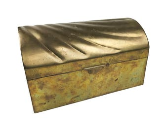 Vintage midcentury solid brass treasure chest with a beautiful shell / wave pattern on top